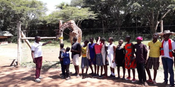 Project children visiting the Impala park (project 3125)